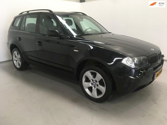 BMW X3 2.0d High Executive / Navi / Stoelverw. / Park. Sens. / NAP