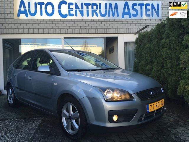 Ford Focus 1.6-16V First Edition Mooie onderhoudhistorie.
