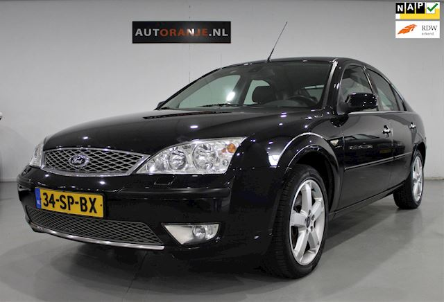 Ford Mondeo 2.0-16V Platinum , Clima, Cr Control, NAP ? APK, Goed Onderhouden!!