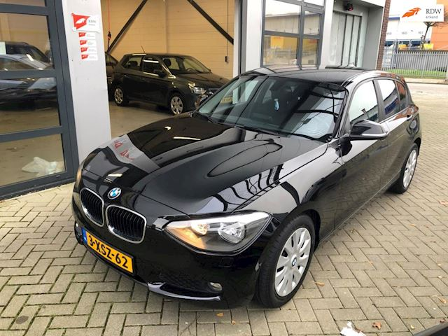 BMW 1-serie 118d Business+ AUTOMAAT