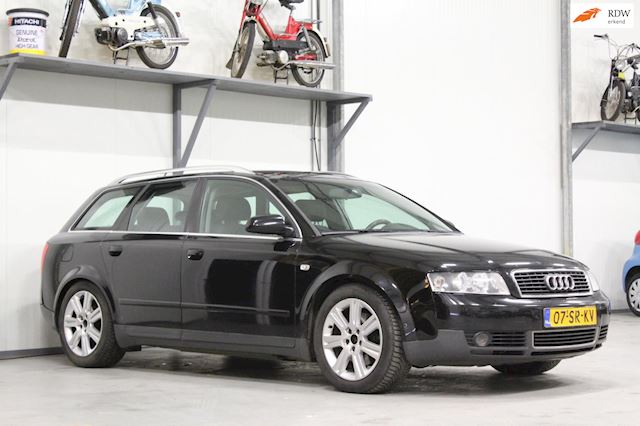 Audi A4 Avant 2.5 TDI Exclusive MT | Automaat | Trekhaak |