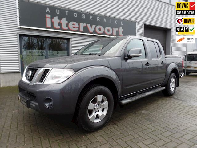 Nissan Navara 2.5 dCi Business Double Cab