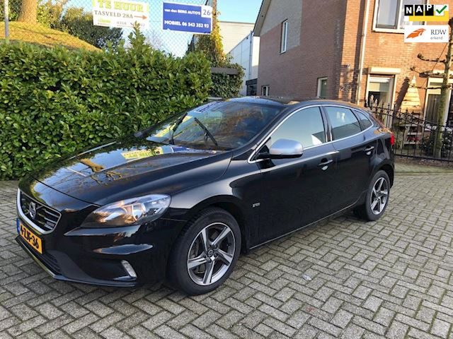 Volvo V40 2.0 D4 Summum Business R-design 190PK navigatie.