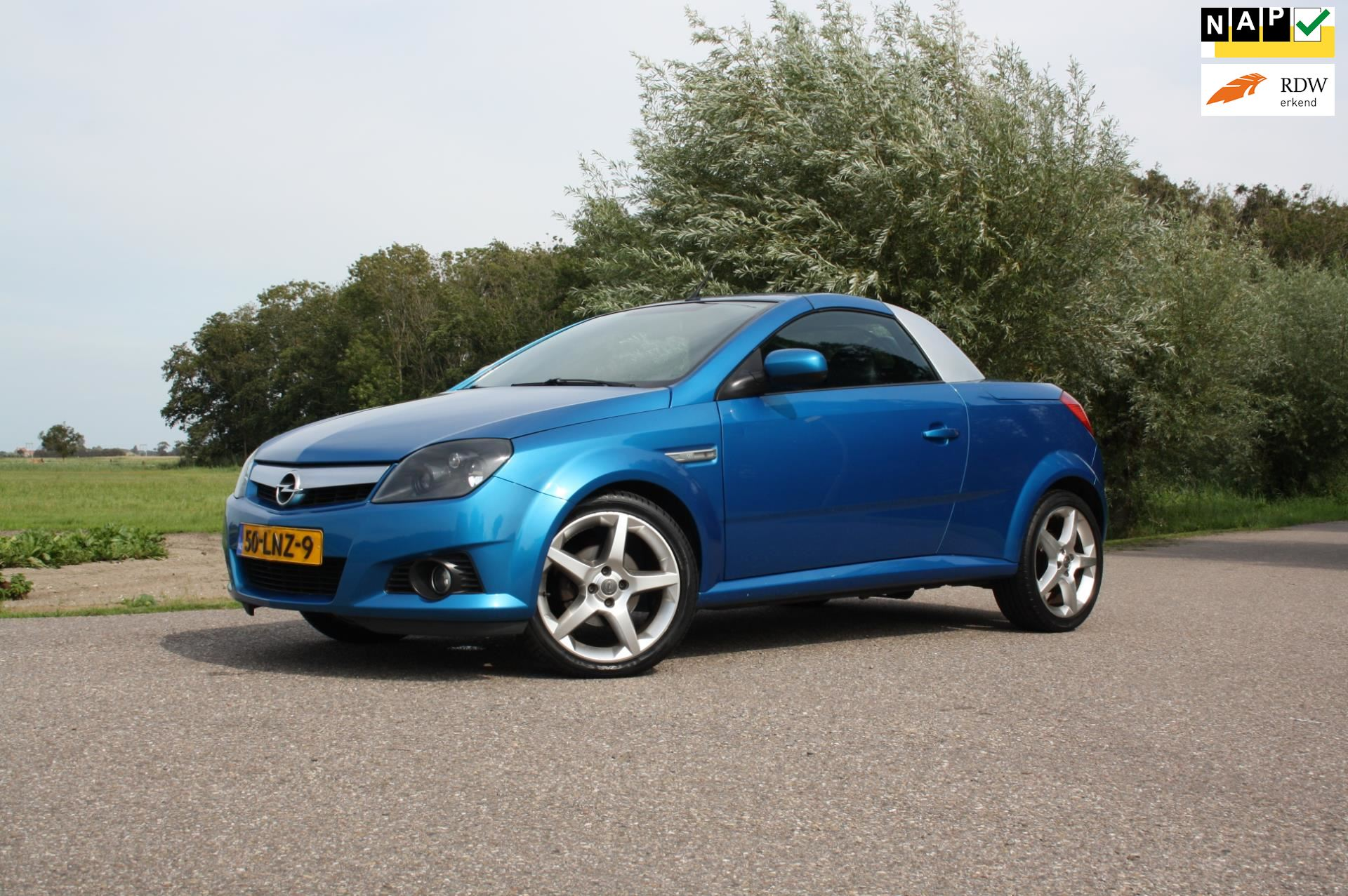 Opel Tigra TwinTop occasion - Favoriet Occasions