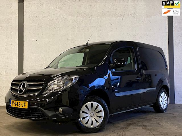 Mercedes-Benz Citan 109 CDI BlueEFFICIENCY Business Ambition Navi, Airco, Cruise, Camera, Dealer Onderhouden !!