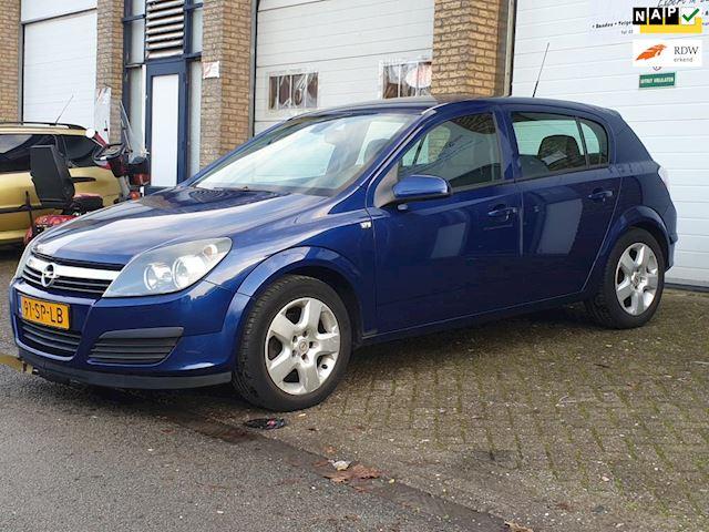 Opel Astra 1.6 Executive Clima Cruise Netjes 1Jaar APK