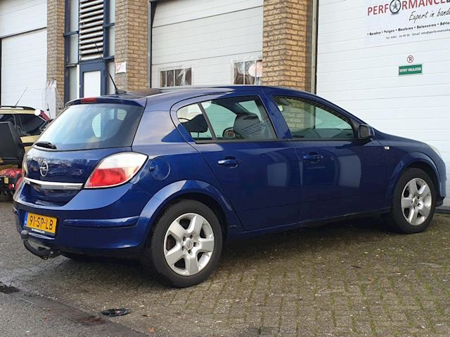 Opel Astra 1.6 Executive Clima Cruise Netjes!! 1Jaar APK!