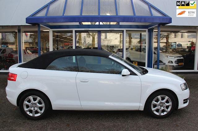 Audi A3 Cabriolet 1.6 TDI Attraction Pro Line Business