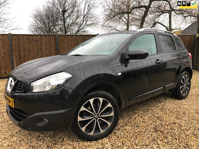 Nissan Qashqai 1.6 Connect Edition Panorama & Navi