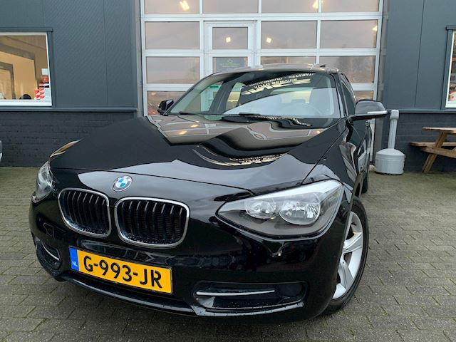 BMW 1-serie 114i Business+ Keyless-Entry&GO |camera|Sport