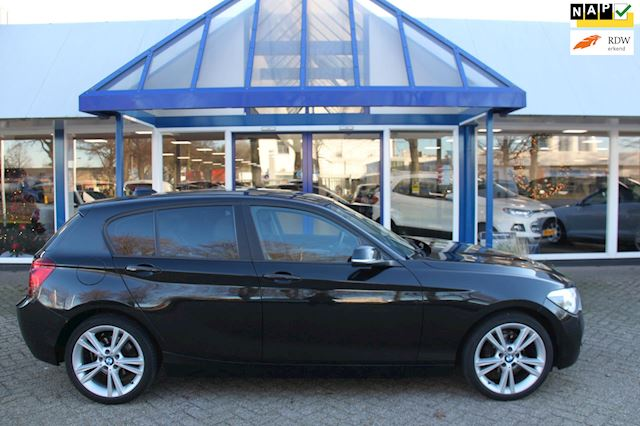BMW 1-serie 118d Upgrade Edition , Leer
