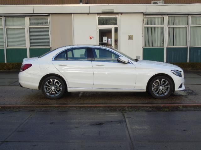 Mercedes-Benz C-klasse 400 4MATIC Prestige 333pk