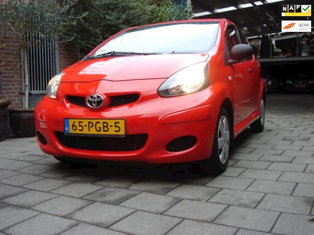Toyota Aygo 1.0-12V Access PERFECT DEALER ONDERHOUDEN JAPPANER