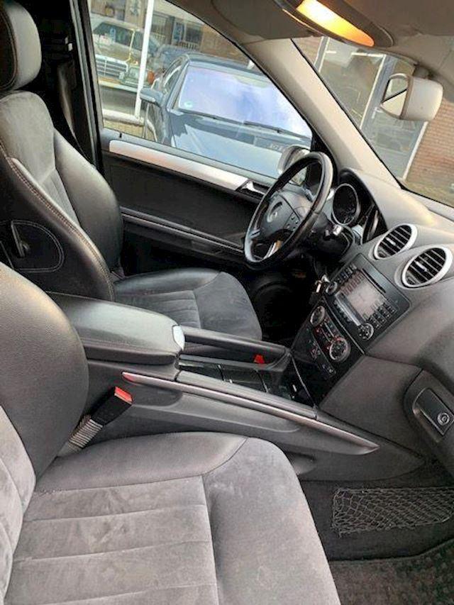 Mercedes-Benz ML 300 CDI  4Matic