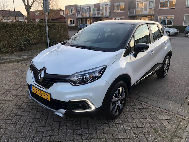 Renault Captur 0.9 TCe Zen Two Tone