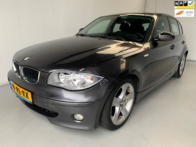 BMW 1-serie 118d High Executive Navigatie Climate+Cruise control