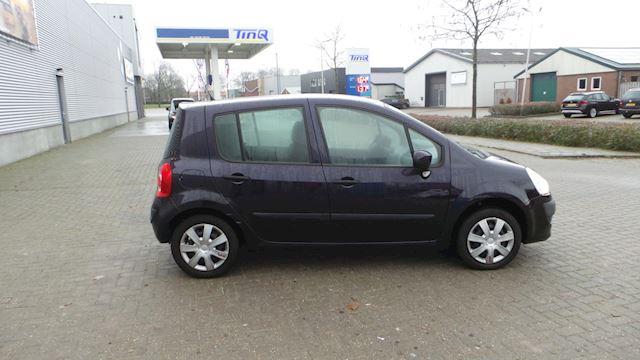 Renault Modus 1.2-16V Expression