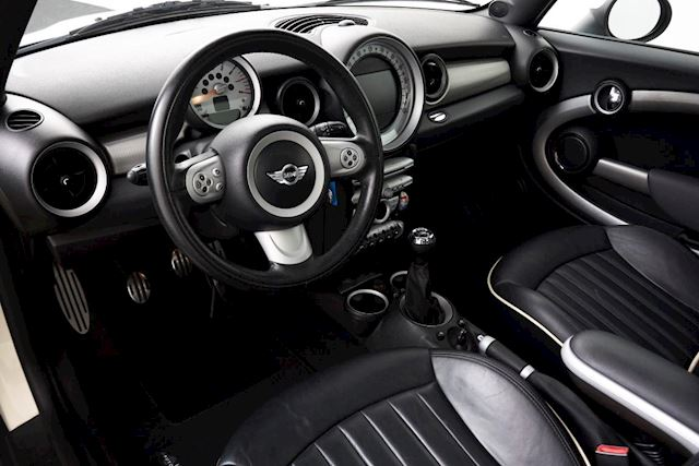 Mini Mini 1.6 Cooper S full options met automaat/panoramadak/navigatie/leder