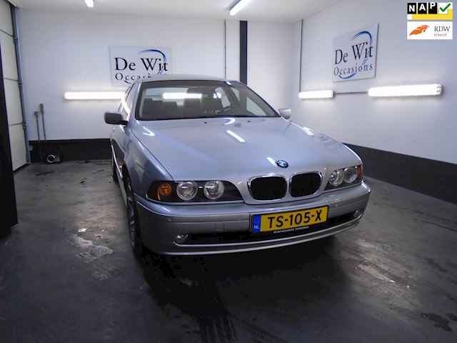 BMW 5-serie 530i Executive in NIEUWSTAAT !! ORG. 87000 KM !! YOUNGTIMER incl NWE APK/GARANTIE.