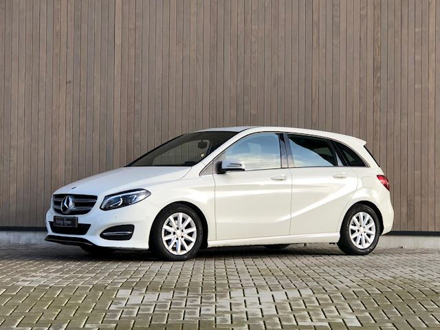 Mercedes-Benz B-klasse 180 d Lease Edition Plus