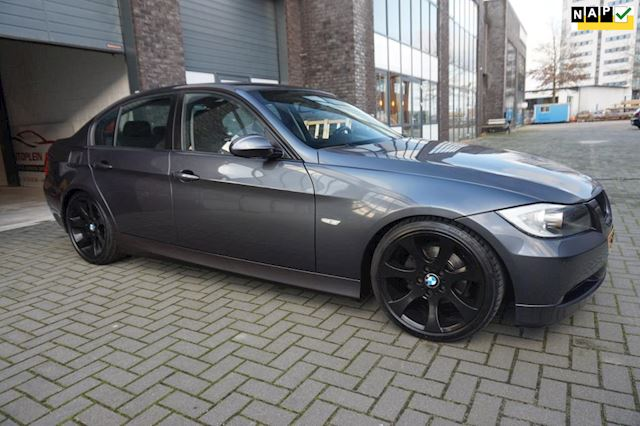 BMW 3-serie 318i High Executive Automaat Navigatie