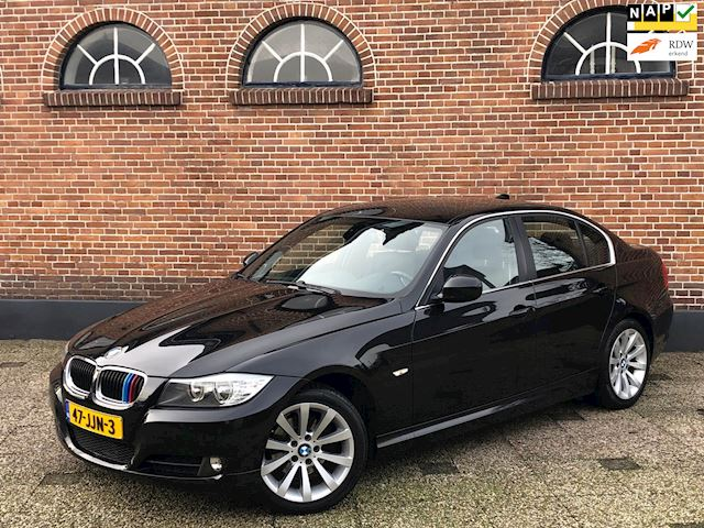 BMW 3-serie 320i High Executive Automaat Navi M-Sport Pakket