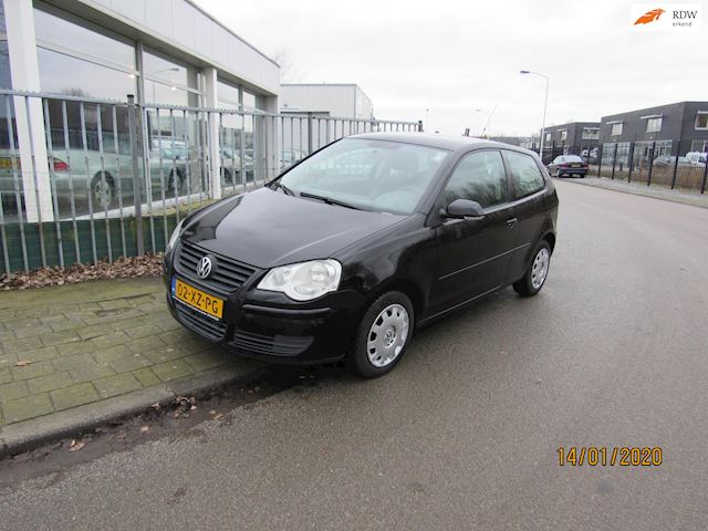 Volkswagen Polo 1.4 TDI Optive airco.elktr ramen.stuurbekr.trekhaak