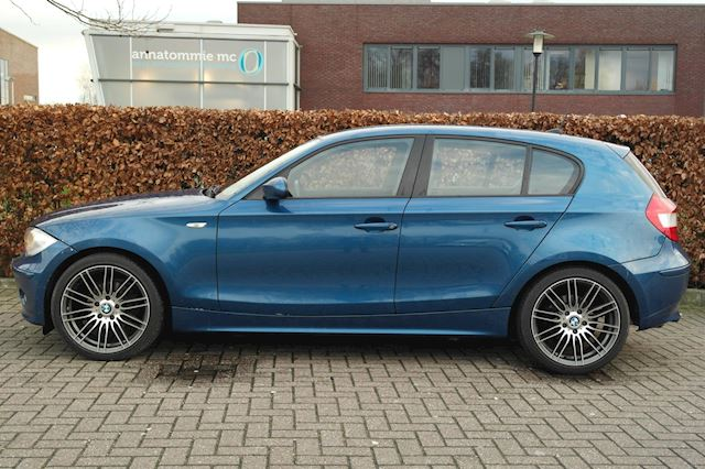 BMW 1-serie 118i Business Line # 18''LM, Sportstuur, Facelift ! #
