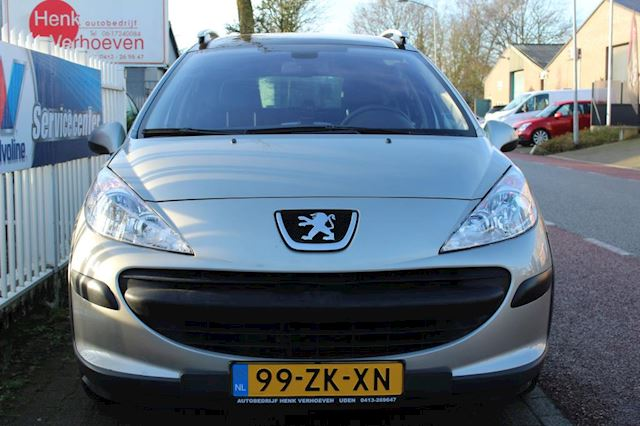 Peugeot 207 SW Outdoor 1.6 VTi XS