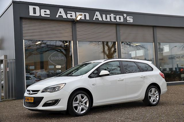 Opel Astra Sports Tourer 1.4 Turbo Anniversary Edition 26.000 Km!