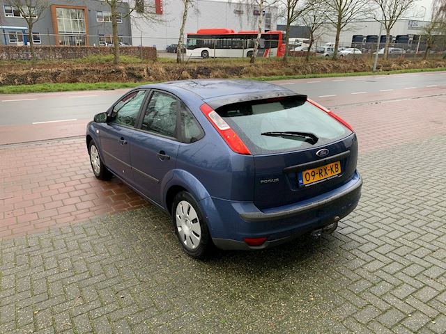 Ford Focus 1.4-16V Ambiente export