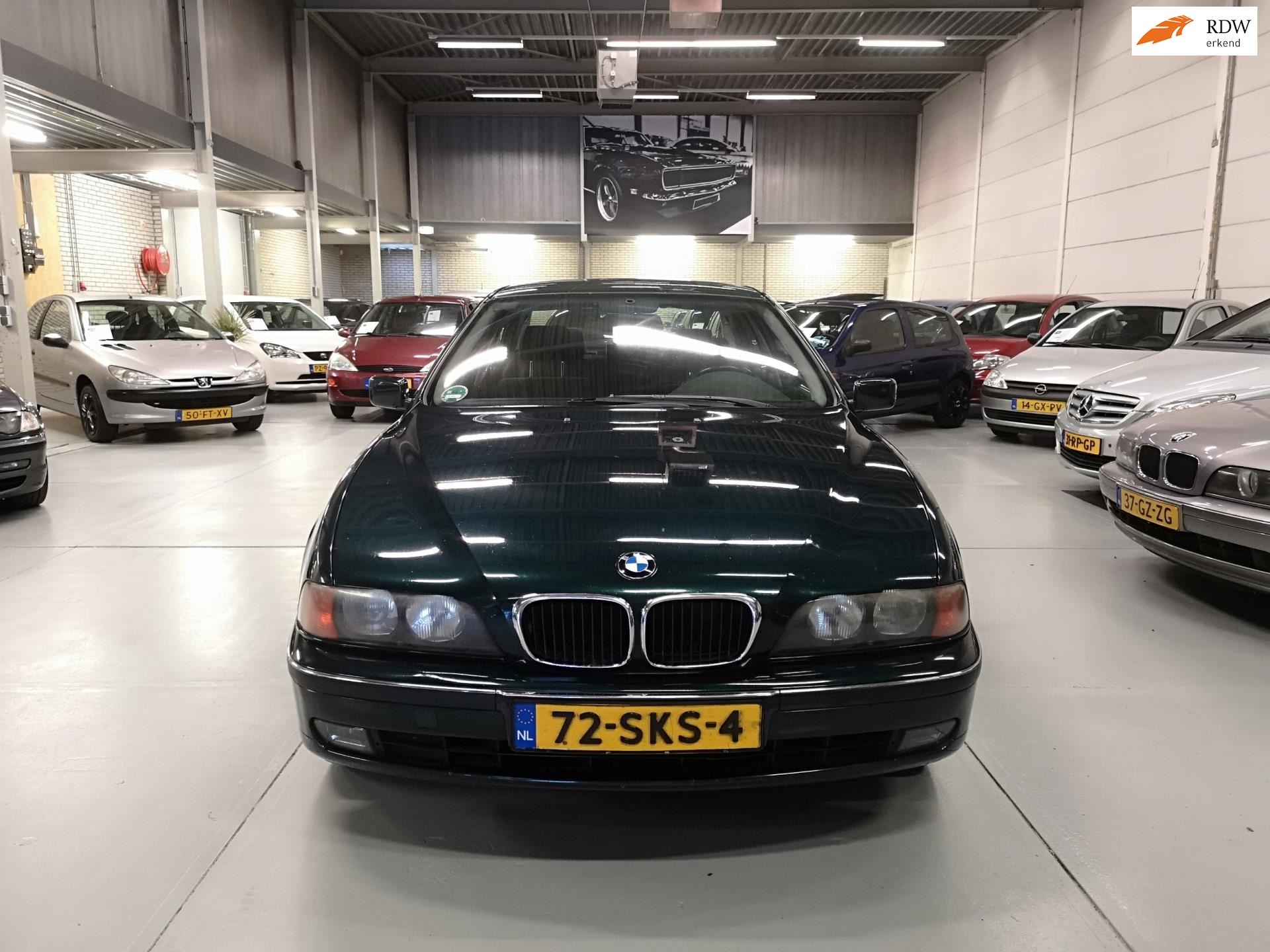 BMW 523i occasion - Chef Cars