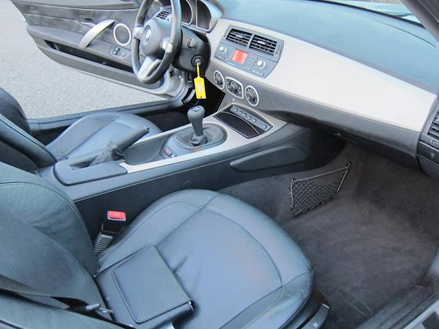 BMW Z4 Roadster 2.2i LEDER PDC 148000 KM ELEC. DAK!!!