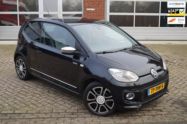 Volkswagen Up! 1.0 high up! BlueMotion BLACK * NAVI * CRUISE * LM VELGEN * NAP *