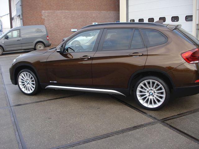 BMW X1 S Drive28i Business+