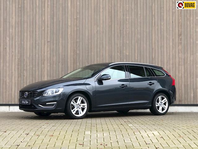 Volvo V60 2.4 D6 Twin Engine R-Design 2015 Grijs