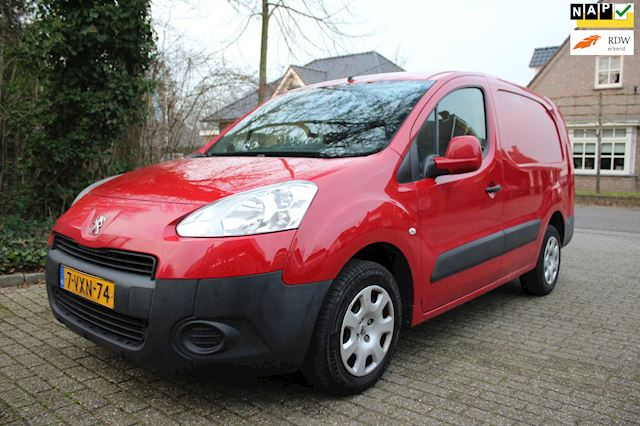 Peugeot Partner 122 1.6 e-HDI L2 XT Profit + airco extra lang in zeer mooie staat