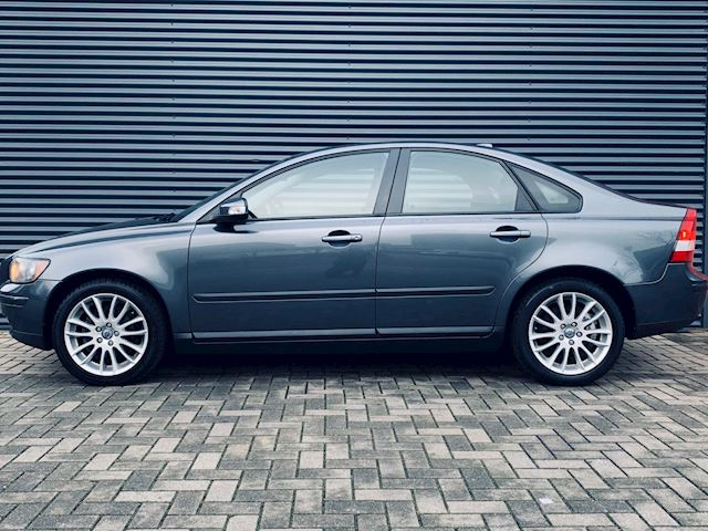 Volvo S40 1.8 Edition I , climate control, cruise control, trekhaak, etc