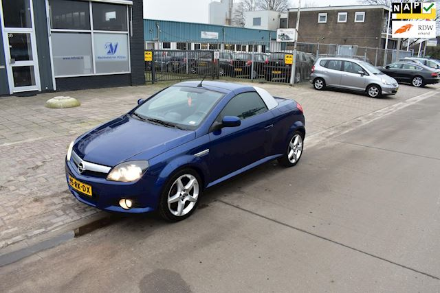 Opel Tigra TwinTop 1.8-16V Cosmo