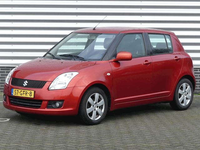 Suzuki Swift 1.5 Exclusive Airco, Keyless, LM, R/CD Trekhaak