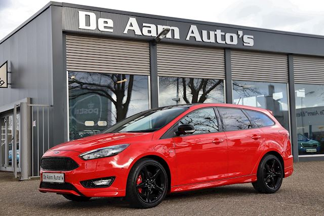 Ford Focus Wagon 1.5 ST-Line  Red Edition