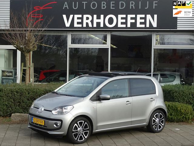 Volkswagen Up! 1.0 groove up! - PANORMA - AUTOMAAT - LEDER - AIRCO - STOEL VERW - BOM VOL !!
