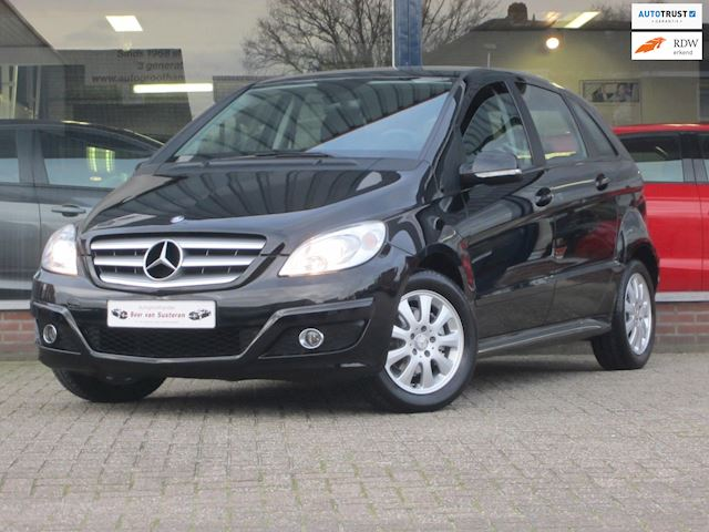 Mercedes-Benz B-klasse 150 Business Class Afneembaar trekhaak/Stoelverwarming/Airco/MTF-stuur/Dealer