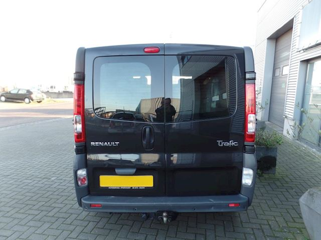 Renault Trafic 2.0 dCi T29 L2 H1 DC 5persoons