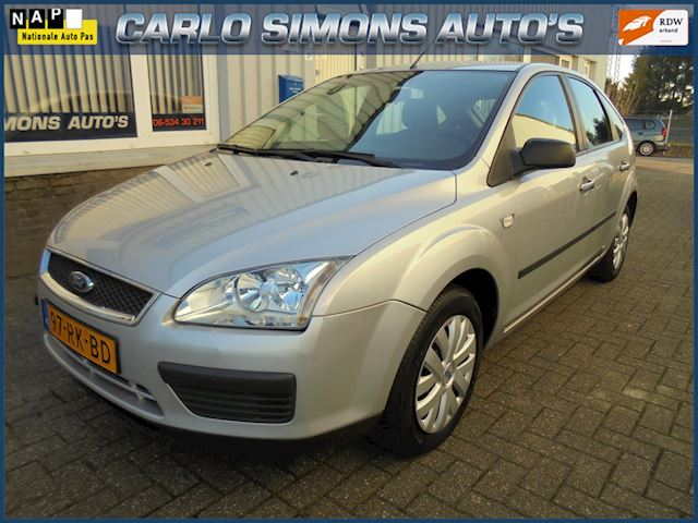 Ford Focus 1.4-16V Trend |5 deurs| nw model