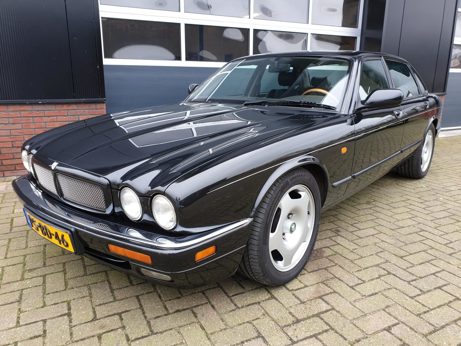Jaguar XJ occasion - Autobedrijf de Gelderlander