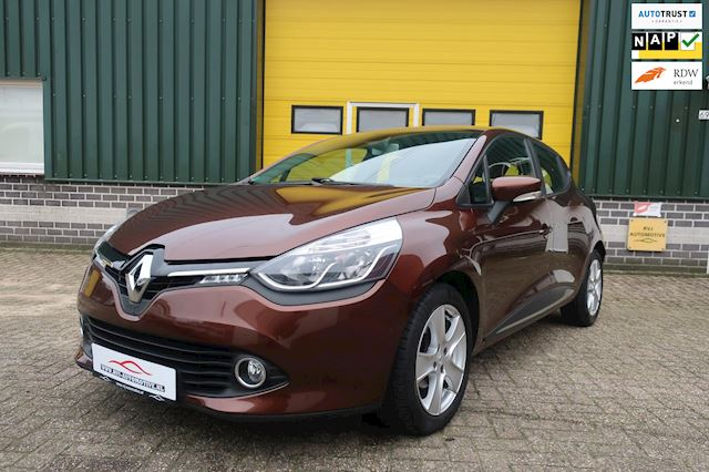 Renault Clio 1.2 Expression Automaat navi airco bj 2014