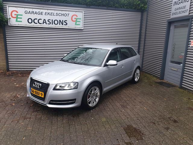 Audi A3 Sportback 1.6 TDI Attraction Advance NAVI/XENON/LEER