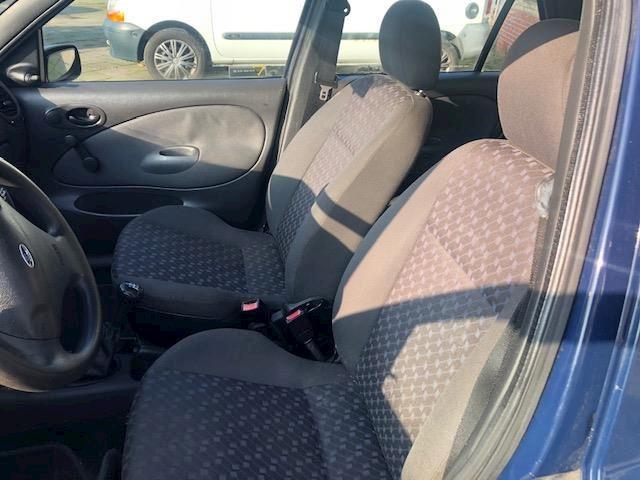 Ford Fiesta 1.3-8V Classic .. 5 deurs, stuurbekrachtiging, Apk 04-02-2021