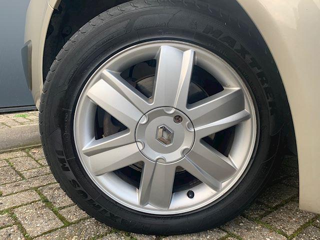 Renault Scénic 1.6-16V Privilège Luxe AUTOMAAT, PANORAMADAK, ZEER NETJES